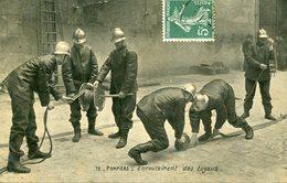 POMPIERS - ENROULEMENT Des TUYAUX - - Sapeurs-Pompiers