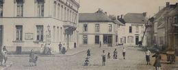 Quiévrain L'Hôtel De Ville Et Place Du Marché - Quiévrain