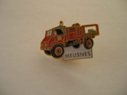 Camion MERCEDES Pompiers De MEUSNES - Firemen