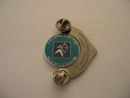 Tir à L'arc Jeux Olympiques SYDNEY 2000 MILLIE ARCHERY Double Attache Le Jeton Centrale Tourne - Archery