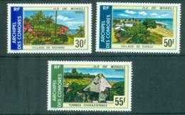 Comoro Is 1974 Views Of Moheli MLH Lot73342 - Comoros