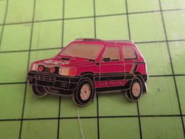 1218a Pin's Pins / Beau Et Rare : Thème AUTOMOBILE : FIAT PANDA 4x4 ROUGE ET NOIRE - Fiat