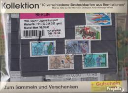 Alle Welt 10 Verschiedene Einsteckkarten  Aus Remissionen - Briefmarken