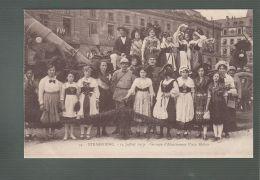 CPA (67) Strasbourg  -  14 Juillet 1919 - Groupe D'Alsaciennes Place Kléber - Strasbourg