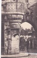 LA ROCHELLE - Dépt 17 - Balcon Rue Du Temple - Animée - La Rochelle