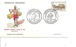 Transports - Voiture Hippomobile ( FDC De Madagascar De 1965 à Voir) - Verkehr & Transport