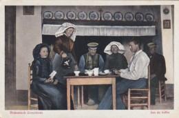 371226Brabantsch Dorpsleven, Aan De Koffie (minuscule Vouwen In De Hoeken) - Autres