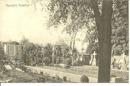 Vouziers, Soldatenfriedhof - Oorlogsbegraafplaatsen