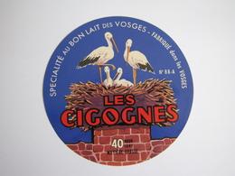Etiquette De Fromage LES CIGOGNES Fabriqué Dans Les VOSGES 40% 88-A - Fromage