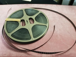 Cinema FILM PATHE  Bobine Métal LES MERVEILLES DE LA MER - Other Collections