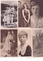 Famille Royale Belge - Lot De 45 Cartes Postales Et Photos - België