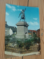 GRIVESNES (Somme) Le Monument. - France
