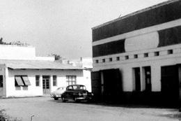 """Lot De 7  Négatifs """" Garage à Stanleyville 1949, 1950 """" ( 9 X 6 Cm, Vue Partielle ) - Africa"""