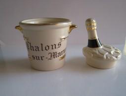 Céramique En Forme De Seau à Champagne - Autres