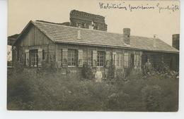 GUERRE 1914-18 - FLAUCOURT - Belle Carte Photo Animée Du Village En Ruines Avec Habitations Provisoires - France