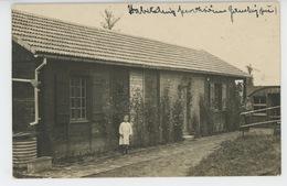 GUERRE 1914-18 - FLAUCOURT - Belle Carte Photo Animée Montrant Des Habitations Provisoires - France