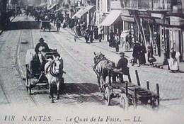 Cpa 44 NANTES Animée QUAI DE LA FOSSE , Commerces Attelages Gros Plan , Coiffeur   EDITEUR LL - Nantes