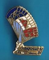 PIN'S //  ** S.O.G.E.R.I.M. / PARACHUTISME / CHAMPION DE FRANCE 91 ** - Paracadutismo