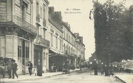 Chinon / Quai Jeanne D'Arc. Très Animée! - Chinon