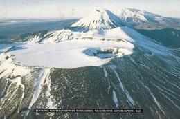 Postcard  New Zealand Looking South Over Mts Tongariro Ngauruhoe And Ruapehu PU 1996 My Ref  B23107 - New Zealand