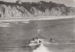 Sports - Biarritz 64 - Surfing à La Côte Des Basques - Photo J. Hillau - RARE - Postkaarten