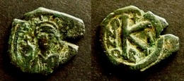 BYZANCE - MAURICE TIBERIUS - HALF  FOLLIS - CONSTANTINOPLE – BYZANTINE  - DEMI FOLLIS - Byzantines