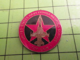 210A Pin's Pins / Beau Et Rare : Thème AVION AVIATION / US NAVY FIGHTER WEAPONS SCHOOL TOP GUN - Airplanes