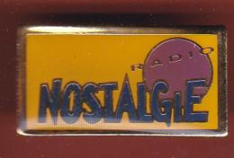 53802-pins .Radio Nostalgie.. - Medias