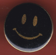 53816-pins.Smiley.internet.informatique... - Computers
