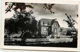 DEP 29 LANDEVENNEC CARTE PHOTO DE L'HOTEL BEAU RIVAGE BEAU PLAN - Landévennec