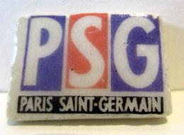 Fève Brillante Plate - Logo PSG - Sports