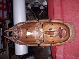 Magnifique  Sculpture En Bois 31x12 Cm Masque Africain - Sculpturen