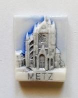 Fève Région Moselle Cathédrale De Metz Monument - Regions