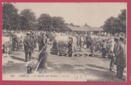 14 - LISIEUX--Le Marché Aux Bestiaux----animé - Lisieux