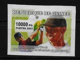 GUINEE  N° 2859 * * NON DENTELE  Golf Woods - Golf