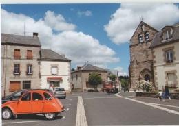 CPM 19 SORNAC ... Place De L'Eglise (Livenais VE140717) 2CV Citroën, Tracteur - Other Municipalities