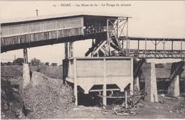 CPA N°24 Dept 49 SEGRE Les Mines De Fer Le Triage Du Minerai - Segre