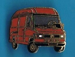 PIN'S //  ** FOURGON / MERCEDES BENZ / TYPE 308 D 33 ** . (Ferrier) - Mercedes