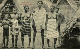 "SURINAME BOSCHNEGERS TE HUIS   "" SEINSNUSASIA "" , AFRICA Y AMERICA - Surinam"