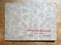 Petit Album Pour 12 Photos De Chez Photo-Eclair, Bordeaux, 10, Rue Judaïque, 11,5 Cm Sur 8,5 Cm - Supplies And Equipment