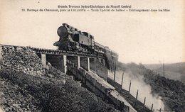 Grands Travaux Hydroélectriques Du Massif Central- BARRAGE DU CHAVANON Près La Cellette- Train Spécial De Ballast - France