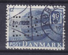 Denmark Perfin Perforé Lochung (E25) 'E.R.' ? København UPU Anniversary Weltpostverein 1949 Stamp (2 Scans) - Abarten Und Kuriositäten