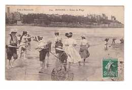 35 Dinard Scene De Plage Cpa Carte Animée Cachet 1908 - Dinard