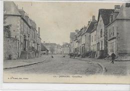 23 JARNAGES . La Grande Rue Animée , édit : A De Nussac Guèret , écrite 1911 , état Extra - France