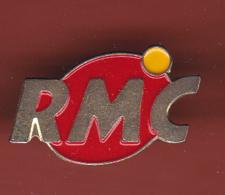 53835-pins. RMC.radio Monte Carlo.signé Audiovisong.. - Medias