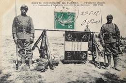 Militair // Nouvel Equipement De L'Armee // Uniforme Reseda // Sentinelles Infanterie A La Garde Drapeau 1912 - Uniformen