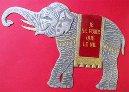 Carton Fort Gaufré Publicité Le NIL Joseph Bardou & Fils éléphant  Papier à Cigarettes Catalan - Objets Publicitaires