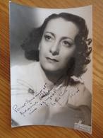 PHOTO AVEC DEDICACE DE CHRISTINE CHAZAL (  STUDIO HARCOURT ) 1945 - Autografi