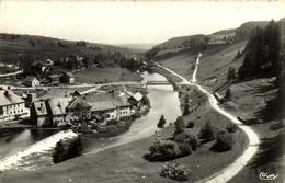 1 Cpsm Maison Du Bois - Vallée Du Doubs - Non Classés