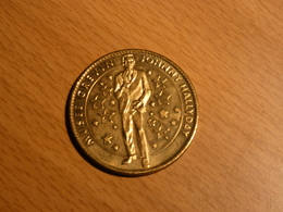 MUSEE GREVIN. JOHNNY HALLYDAY. ARTHUS BERTRAND. SANS DATE. - Monnaie De Paris